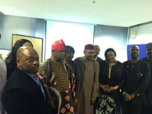 (NIDOE) Election /AGM in Hamburg 16/05/2015. Pix:- Ambassador John C. Ejinaka, the new Consul General (CG) of Nigeria in Frankfurt) Minister Kenneth O. Okeh (Chargé d´affaires Embassy of Nigeria Berlin) flanked by some of the new exco members and a electoral committee member
